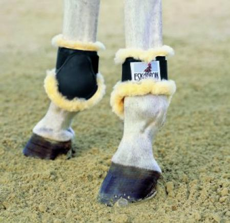 Eskadron fetlock boots with sheepskin